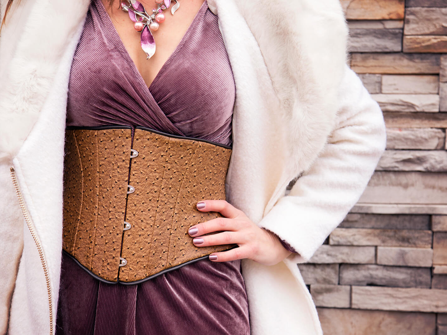 10 Ways Corsets Help Boost Your Confidence
