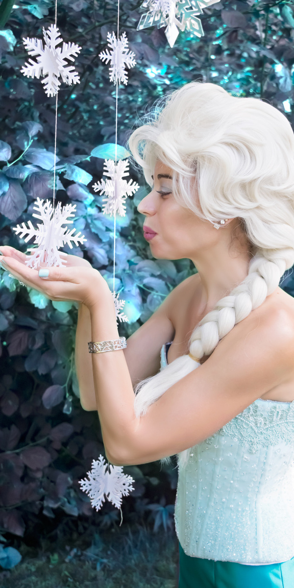Champagne's Snow Queen